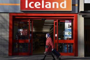 Британский супермаркет откажется от всей пластиковой упаковки